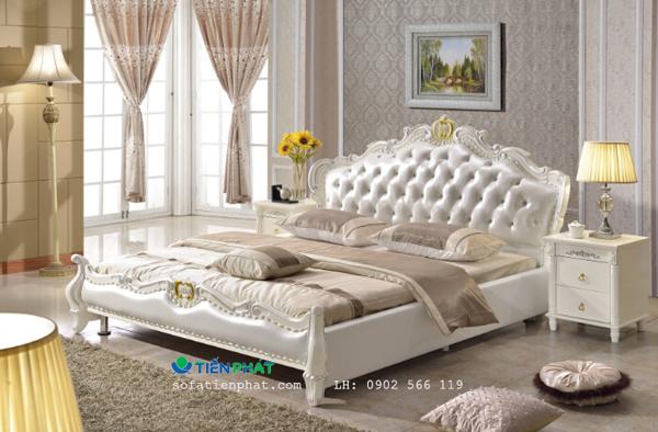 Màu trắng luôn là màu điển hình của phong cách thiết kế giường tủ châu Âu.